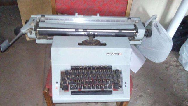 Печатная машинка Листвица СССР