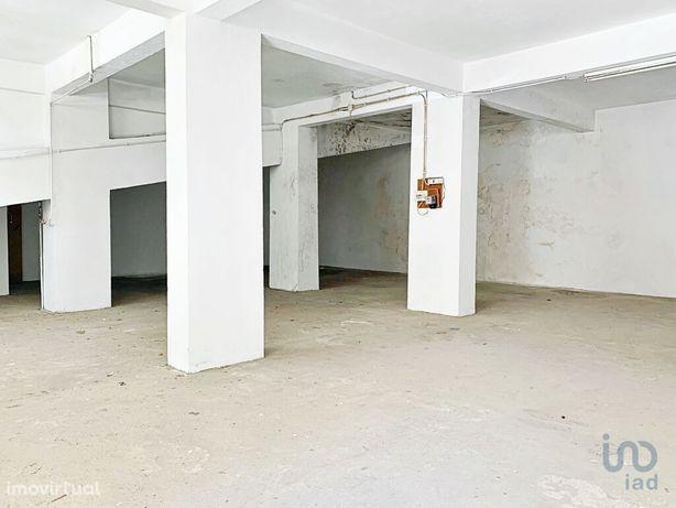 Estacionamento - 139 m²