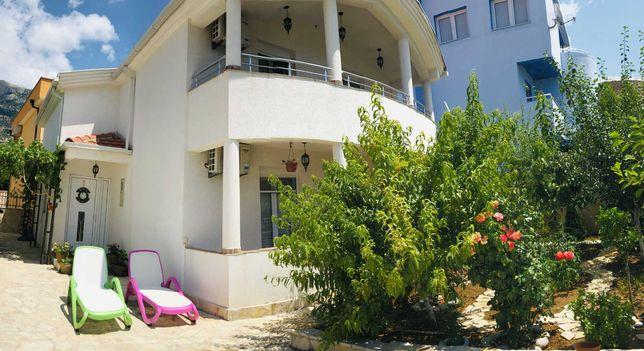 Черногория, Уютный дом на Барской ривьере, посёлок Добра вода