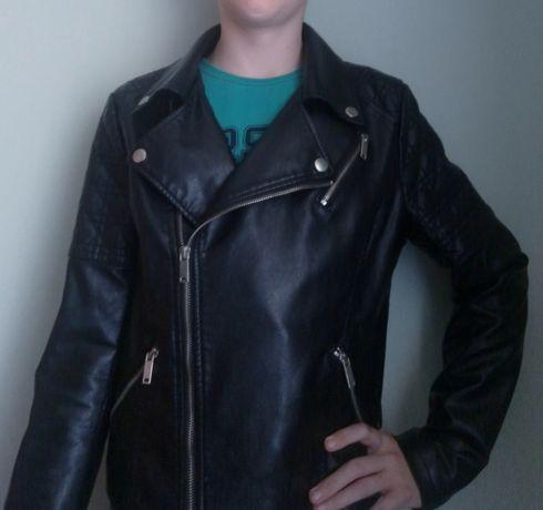 Кожаная куртка. Размер 42