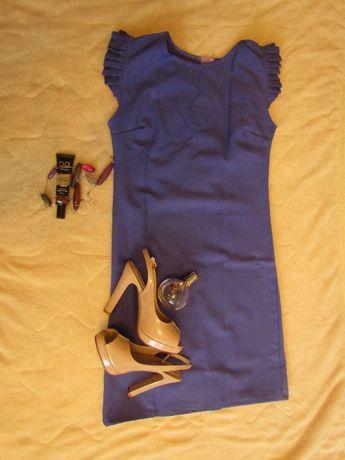 Платье женское Новое S
