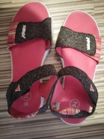 Sandały damskie 38