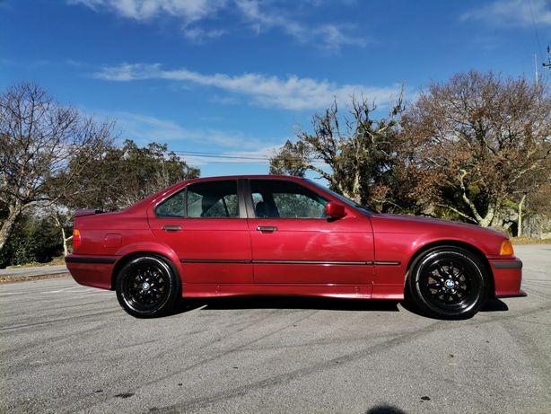 BMW 320 i - (e36)