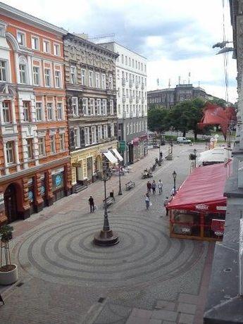 Lokal biurowy 150m2 Deptak Bogusława z miejscami postojowymi