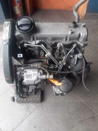 Silnik VW Skoda Seat  1.9 110km  TDI ALH KOMPLET Wtryski Pompa