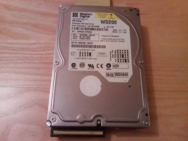 Продаю жесткий диск Western Digital WD200 на 20 Gb. со шлейфом IDE