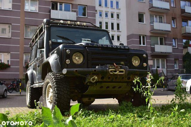 Land Rover Defender Land Rover Defender, terenowy, przygotowany wyprawowo, zdrowa rama
