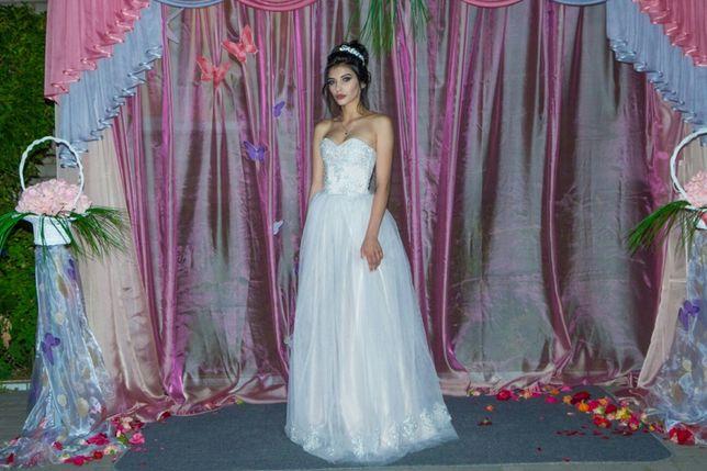 Выпускное ,свадебное платье.