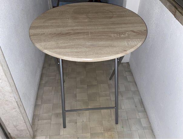 Mesa redonda com pernas
