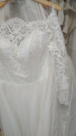 Свадебные платья большой размер