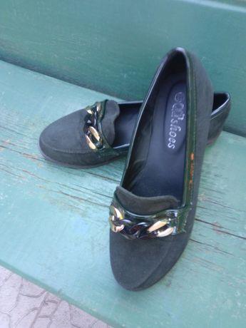Продам женские туфли размер 38.