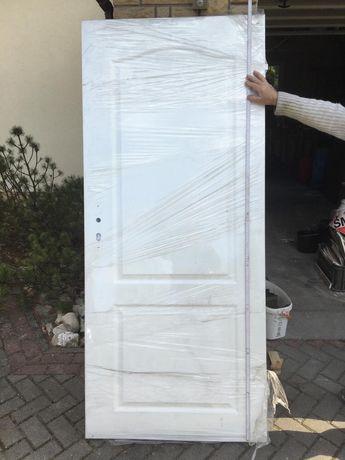 Drzwi wewnętrzne porta lewe i prawe białe