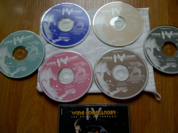 Gry Pc WING COMMANDER IV 6cd,Command Conquer 1 i inne