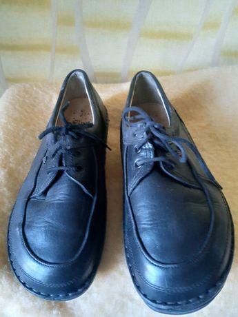 Новые кожаные женские туфли 40р, с компенсацией укорочения по подошве
