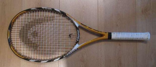 Raquete de ténis.