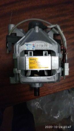 Двигун на пральну машину Indesit