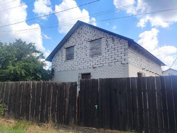 Продається незакінчений будинок