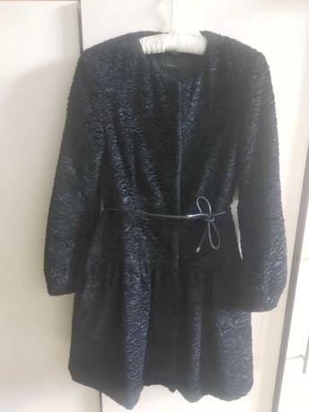 Чарівне пальто sisley