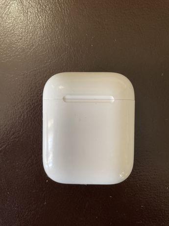 Apple AirPods (первая версия) Беспроводные наушники
