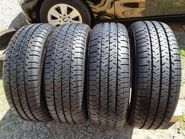 215 60 17с Michelin Agilis Plus 215/60 R17C 104/102H DT