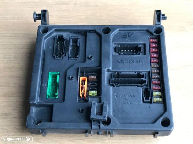 Caixa Fusíveis / Módulo VW Sharan 1.9 TDI de 98 a 01