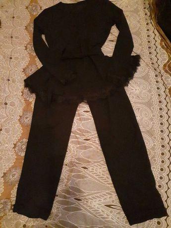 костюм нарядный новый