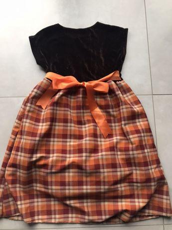 Sukienka dziewczęca w kolorach jesieni 7-8 lat