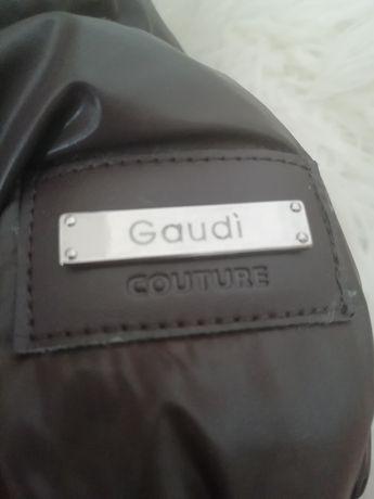 Casaco novo Gaudí