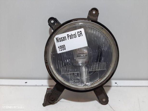 Farol normal Dto Usado NISSAN/PATROL III/2 Hardtop (K260)/2.8 TD   05.86 - 06.90