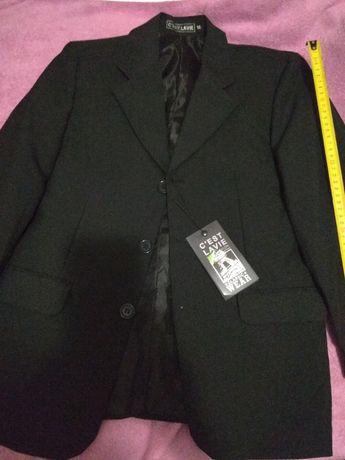Продам новий піджак чорного кольору на хлопчика.