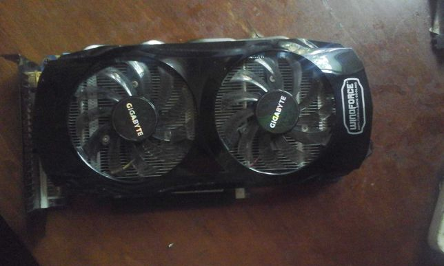 Продам видеокарту Gigabyte GeForce GTX 560 Ti