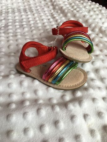 Босоніжки ( сандалі )