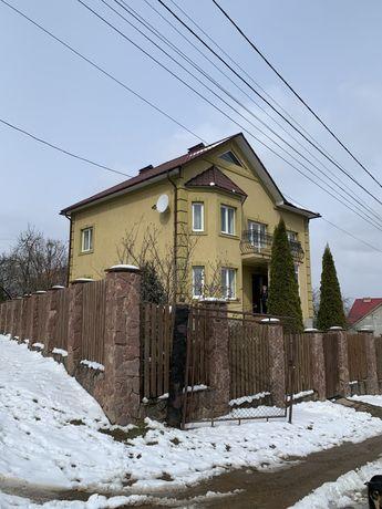 Продам будинок на ближній Роші