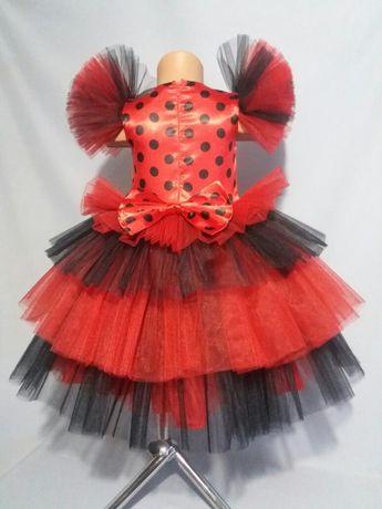 Пышное платье. Платье божьей коровки. Праздничное платье. Леди Баг
