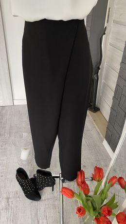 Spodnie czarne Simple rozm. 42 (na zakładkę)