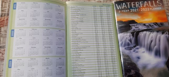 Блокнот с календарем