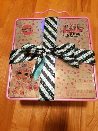 """Набор L.O.L с эксклюзивной куклой  """"Суперподарок"""", розовый."""