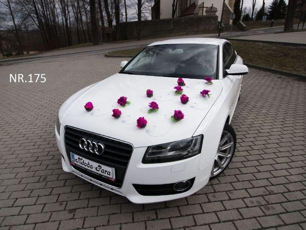 Piękna dekoracja/ozdoba/stroik/przybranie na samochód w kolorze fuksji