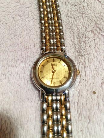 Relógio Casio Quartz Original para Senhora em óptimo estado.