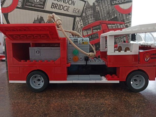 Klocki LEGO 0.77 kg mix + 2 zestawy : straż pożarna i tir