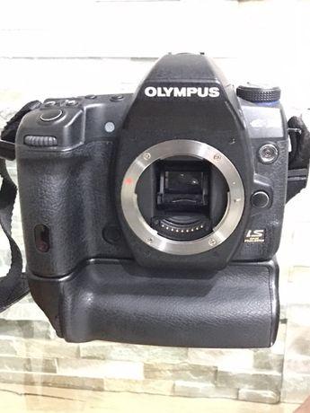 Olympus E-30 com punho original HLD-4