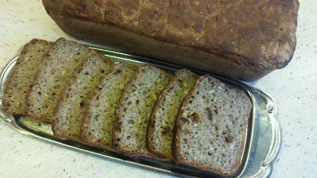 Chleb domowy na zakwasie żytnim