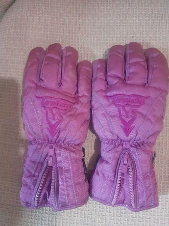 Утеплённые перчаточки на плотном флисе.
