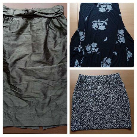 Отдам женские юбки xs