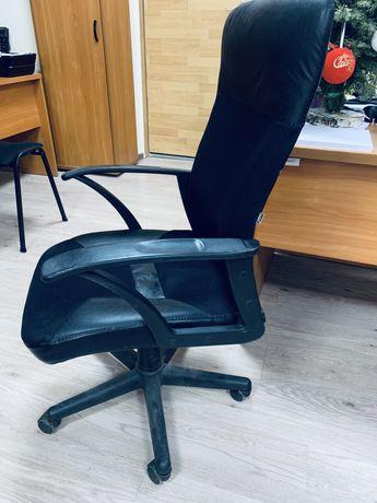 Кресло руководителя , офисное