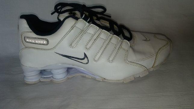 Nike shox roz.40, dł.wkł.25,3 cm