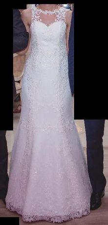 Suknia ślubna koronka mleczno-biała, roz.36