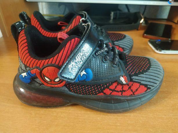 Продам кросовки детские спайдермен 29 р