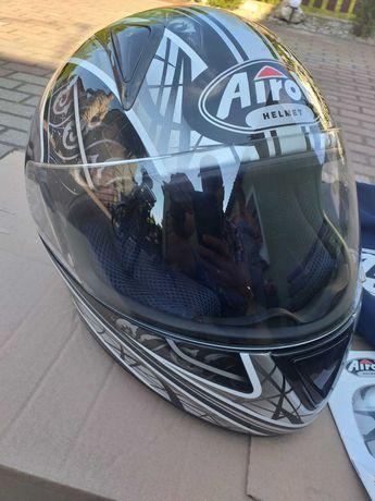 Kask motocyklowy firmy AIROH