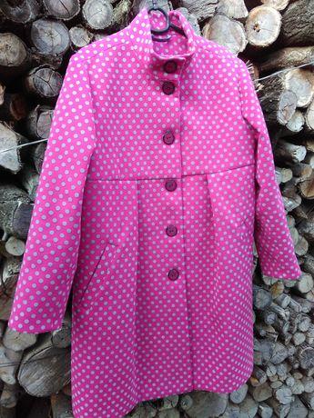Очень крутое и яркое пальто для модной девушки